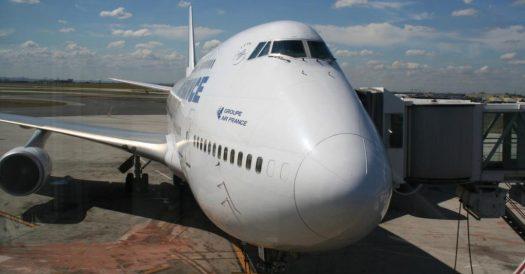 Kuba Reisetipps Flugzeug von Airfrance bereit zum Abflug nach Kuba