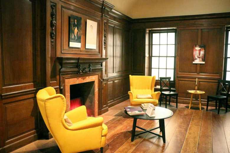 Jane Austen Sitting Room - Minneapolis