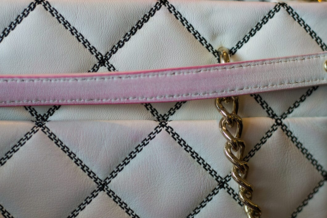 makemechic stained my purse