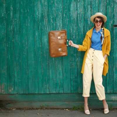 10 Wardrobe Essentials For Keen Travelers