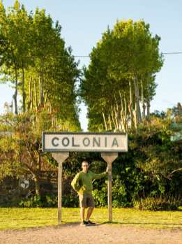 Colonia sign