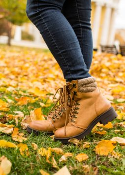 ModCloth hiking boots