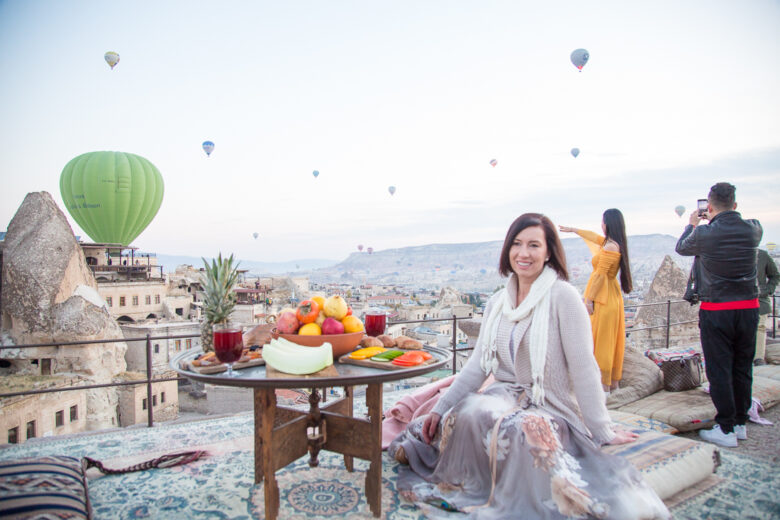 Behind the Scenes of My Hot Air Balloon Photos From Cappadocia, Turkey