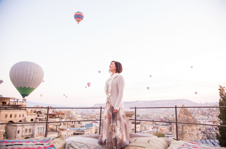 hot air balloons & floral maxi skirt
