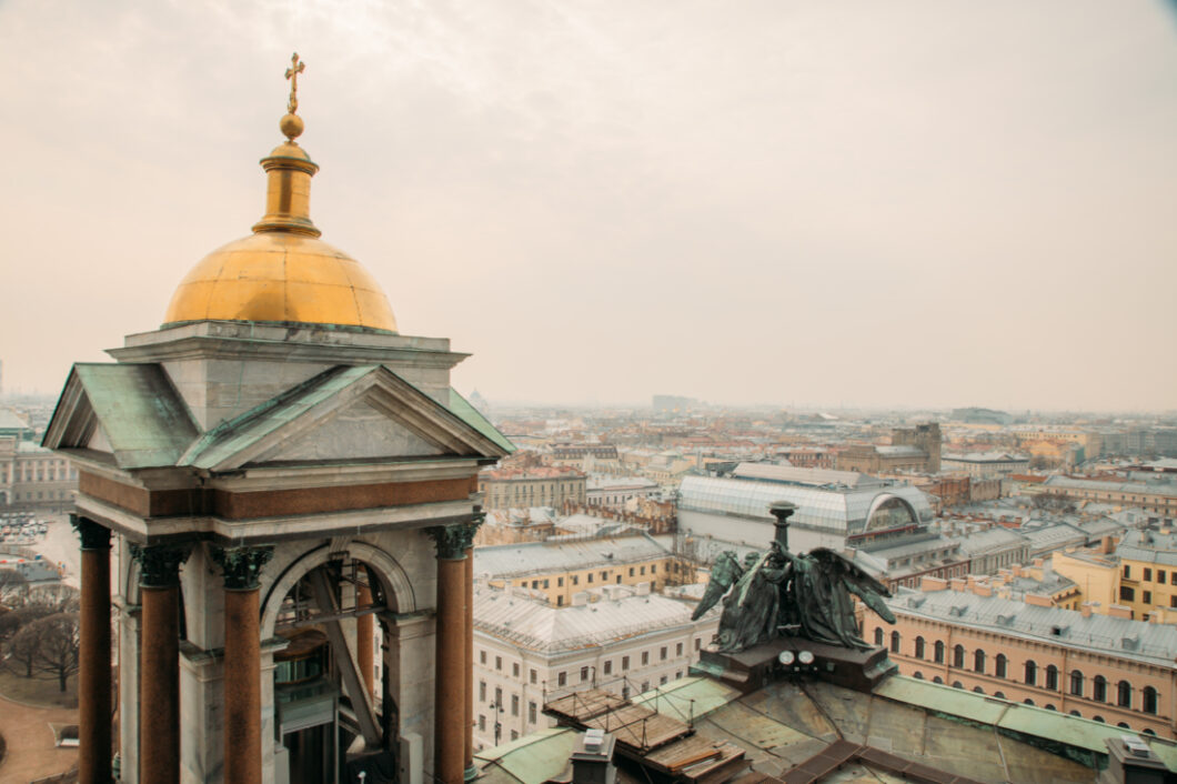 Where to Find the Best View of St. Petersburg, Russia – St. Isaac's Colonnade
