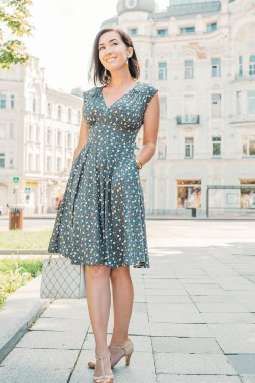 A Stylish & Packable Travel Dress (With Pockets!)