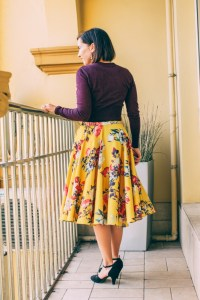 How to Style a Floral Midi Skirt - 7 Outfit Ideas for Summer & Fall