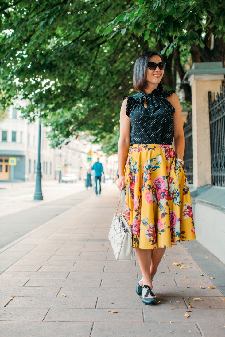 Pattern & Print Mixing - How to Wear Polka Dots & Florals Together
