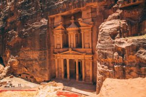 "Petra, Jordan – 10 Things to Know Before Visiting the ""Rose City"""