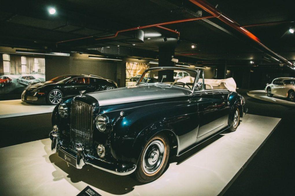 Photos of the Heydar Aliyev Center's Classic Car Exhibit in Baku, Azerbaijan
