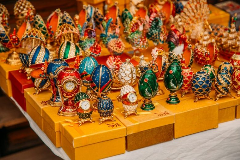 Easy-to-Pack Russian Souvenirs