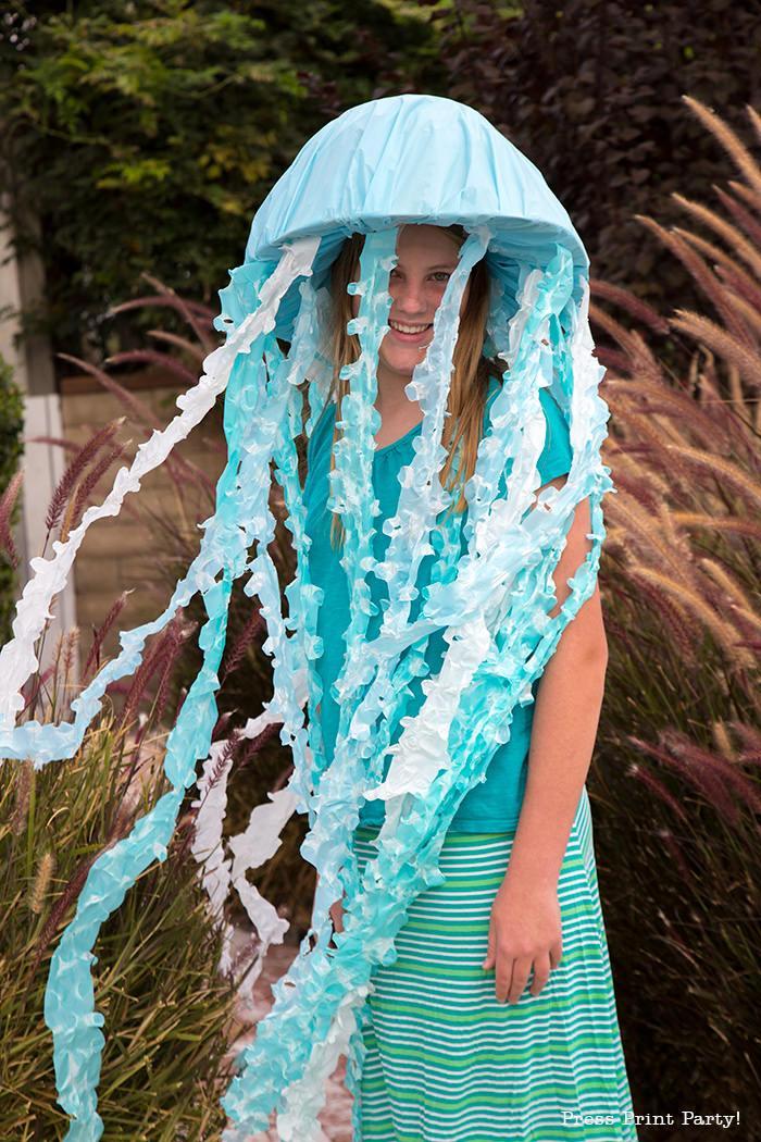 Awesome Jellyfish Costume DIY
