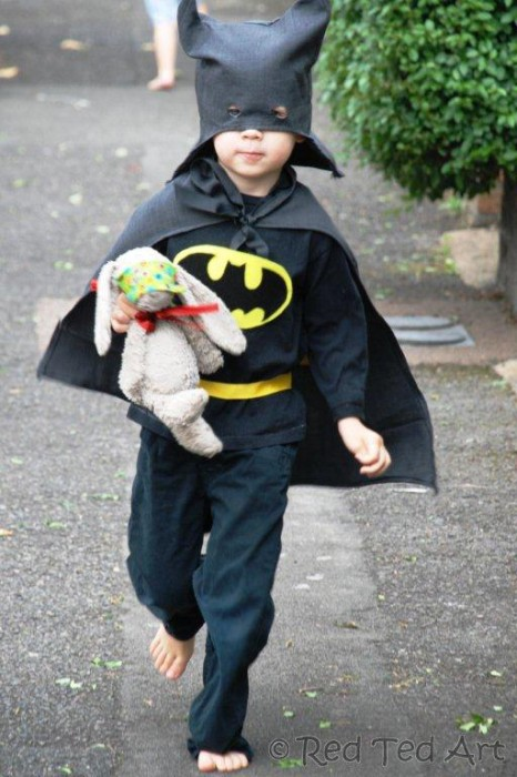 How to… Make an (Upcycled) Batman Costume