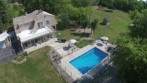 """""""The Retreat"""" 7 1/2 Acre Private Estate"""