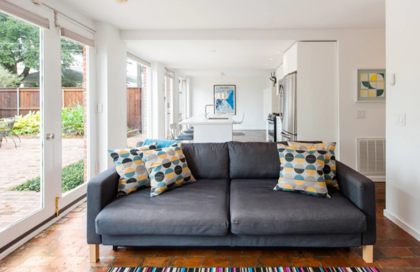 Seek out the Neighborhood Buzz from an Airy Apartment in New Orleans Airbnbs