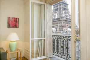 The Secret - Eiffel Tower View From Airbnb in Paris