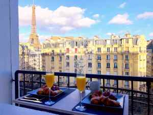 Entire apartment with Eiffel Tower view