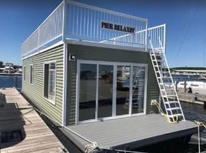 Door County Houseboat - Sturgeon Bay, Wisconsin