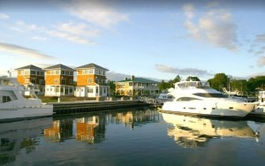 Door County Waterfront Cottage with Indoor/Outdoor Pools