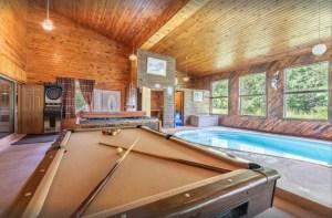 Beautiful Lakefront Heated Indoor Pool Unit