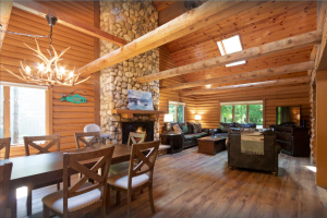 Fontana-on-Geneva Lake Beautifully Updated Log Cabin with Golf Cart! - Abbey Springs Lake House