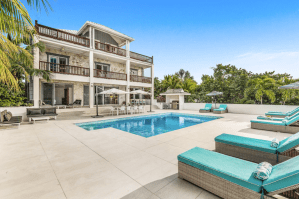 7-bedroom Oceanfront Villa with Two Private Docks and Pool
