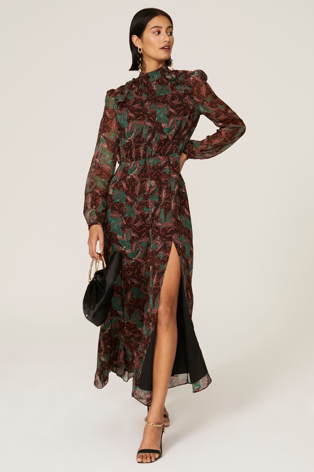 20 Beautiful Wedding Guest Dresses for This Winter