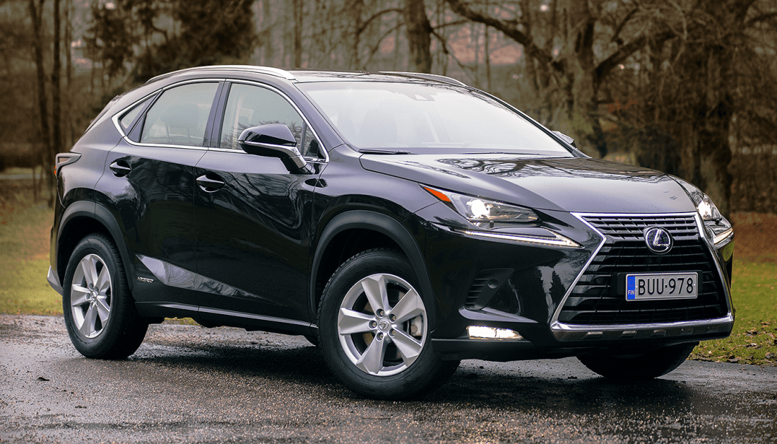 Lexus NX 300h AWD Business