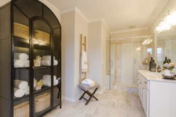 Haven-Design-Works-Atlanta-Edward-Andrews-Larkpsur-Owners-Bath