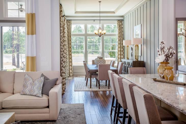 Cover-Haven-design-works-Atlanta-K.Hovnanian-Charleston-Killarney-model-home-Family-Room-min