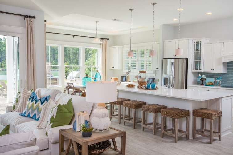 Cover-Haven-design-works-Atlanta-K.Hovnanian-Charleston-Mont Blanc-model-home-Open Kitchen-min