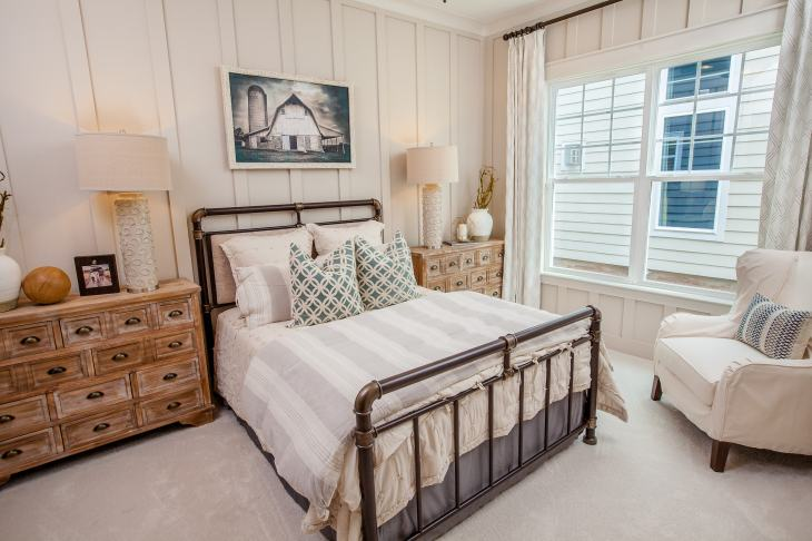 Haven-design-works-Atlanta-K.Hovnanian-Charleston-Lewes-model-home-Guest Bedroom-min