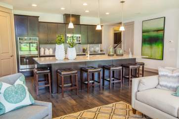 Haven-design-works-Atlanta-K.Hovnanian-Charleston-Marseilles-model-home-Kitchen-min