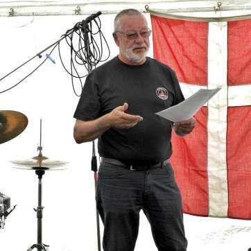 Formand Finn Svendsen holder velkomsttalen