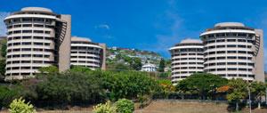 4 building complex