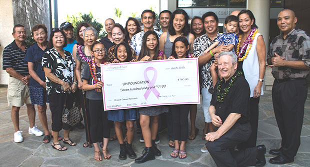 manoa-cancer-center-youth-donation2