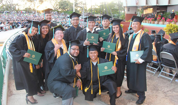 honolulu-grads-group