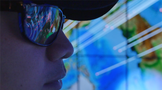 Who Built The World's Best Hybrid 3D Visualization System? UH Students!