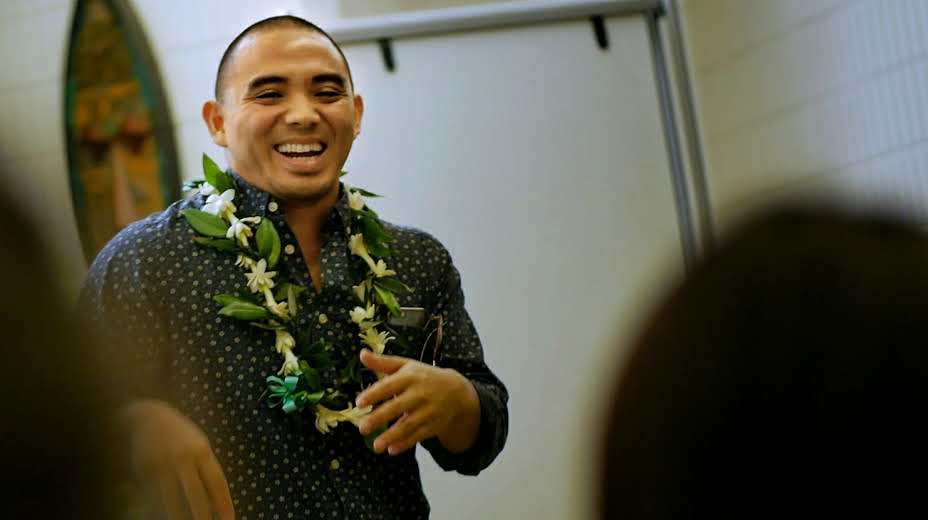 Amazon Startup Business Development Manager Joey Aquino Recalls His Mānoa Experience