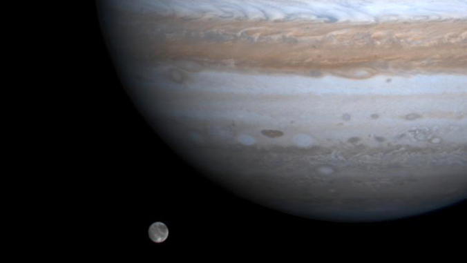 Icy Jupiter moon shows tectonic activity