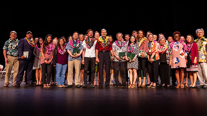 U H Manoa award winners
