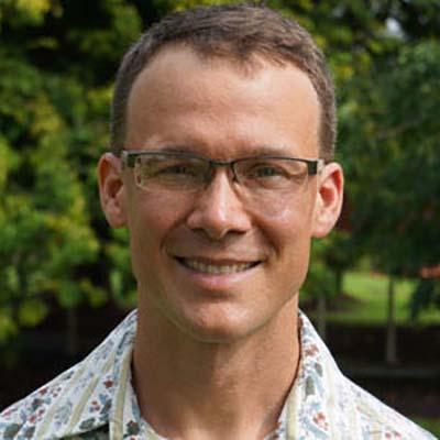 Ryan L Perroy