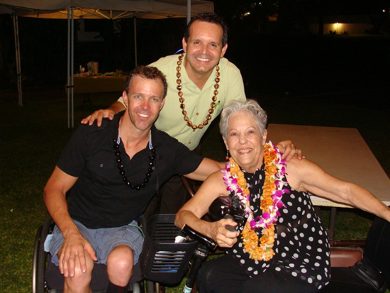 Australian Bill Chaffey with Accessible Hawaii staff Enock Friere and Jean Hartley. (Photo courtesy of Accessible Hawaii)