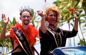 20160709-LGBT Pride Parade Hilo-076
