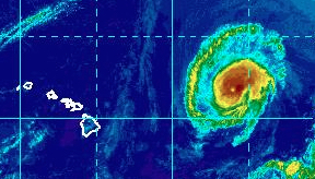Tropical Cyclone Olivia closes in on Hawaii Sunday afternoon, September 9, 2018. Image via NOAA