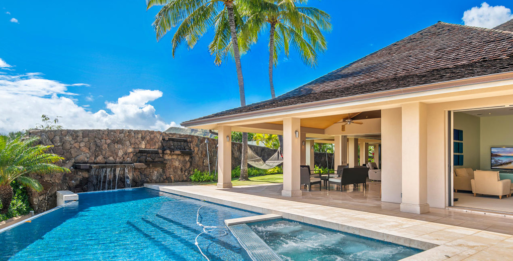 House with pool in Honolulu Hawaii