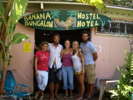 Banana Bungalow - Maui Hostel