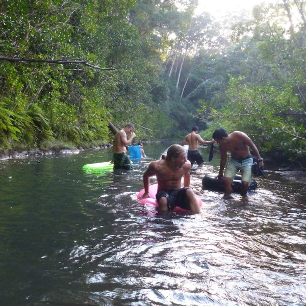 Tubing Wahiawā (North Fork, Kaukonahua stream)