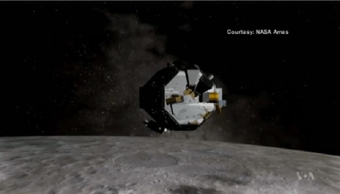 Robotic Mission Kicks Up Lunar Dust