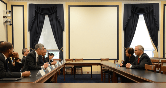Hanabusa, Sinapore Prime Minister, discuss US Role in Asia-Pacific